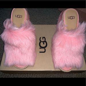 Ugg pink Rosa fluffy MULES